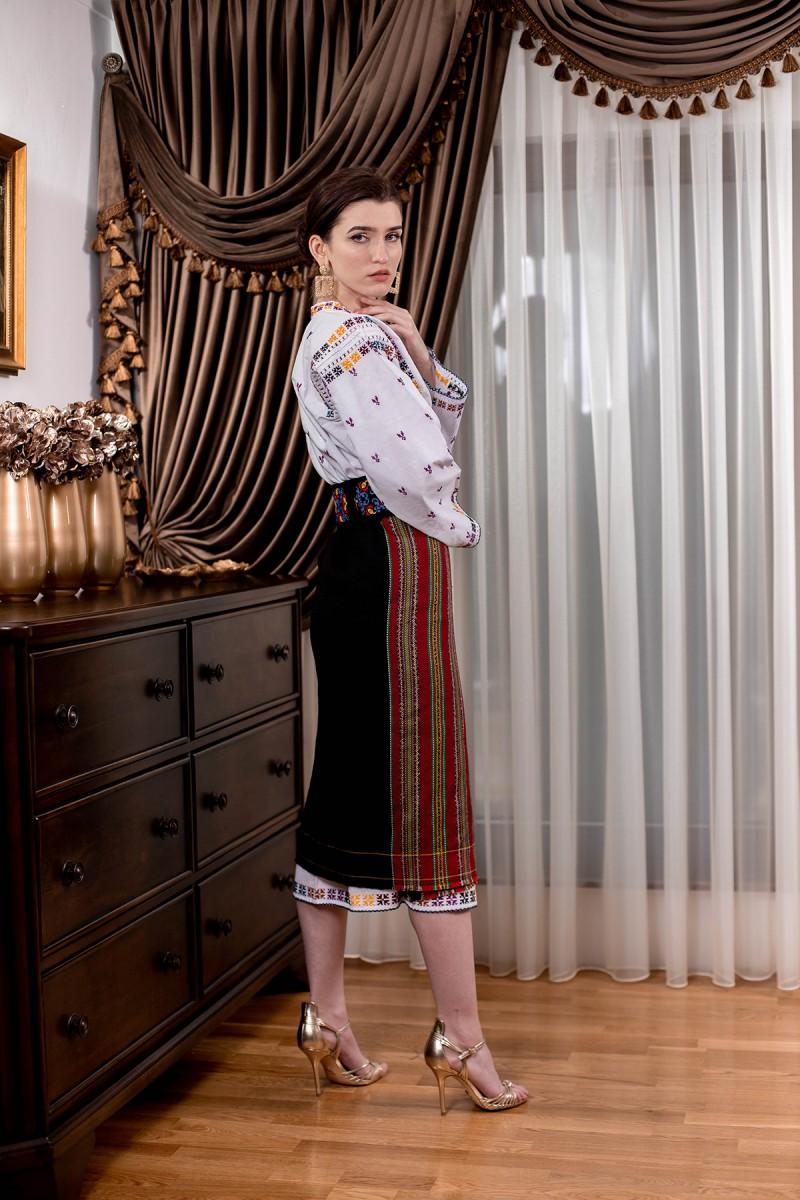 Costum popular autentic Roxana