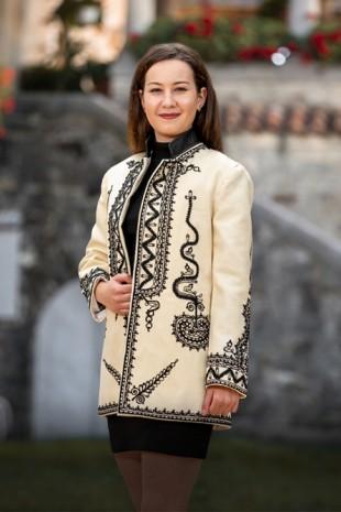 Palton dama romanesc