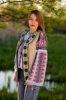 Ie romaneasca maneca lunga Alma fir rosu si negru bluza lucrata manual zona Muntenia