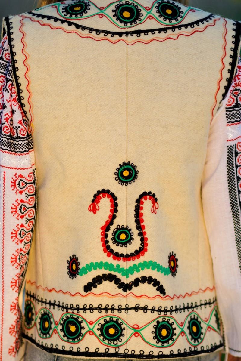 Bundita traditionala model Roata