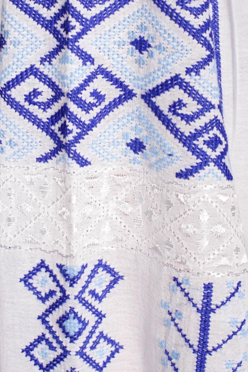 Ie romaneasca Ligia brodata cu fir albastru si bleu bluza traditionala lucrata manual zona Ardeal Cluj