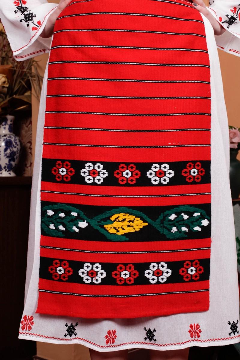 Costum popular femei Muntenia brodat manual si fota tesuta la razboi