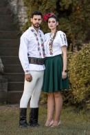 Ie Traditionala Romaneasca Garoafe, Muntenia