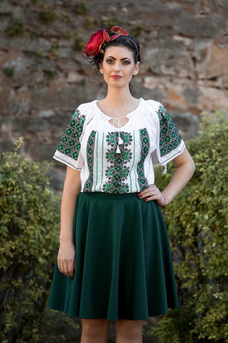 Ie Traditionala Romaneasca Fericire zona Muntenia