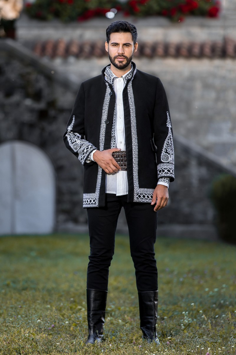 Sacou barbatesc traditional Ionut zona Muntenia