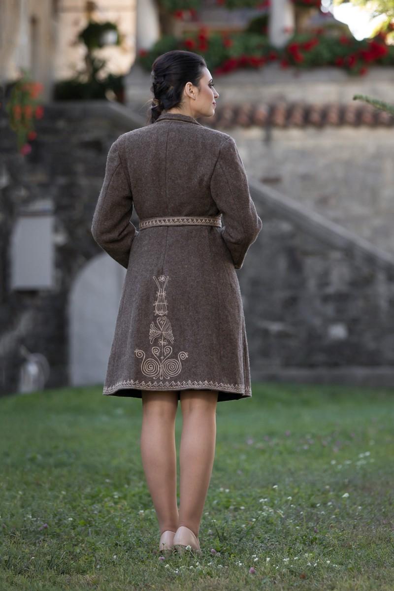 Suman traditional Irina zona Muntenia