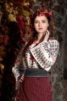 Costum popular autentic Moldova