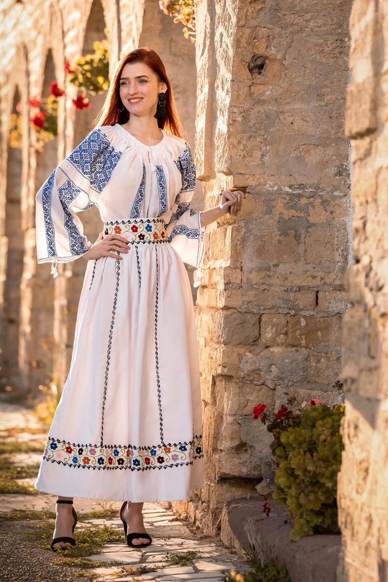 Ie Traditionala Romaneasca Delia zona Banat