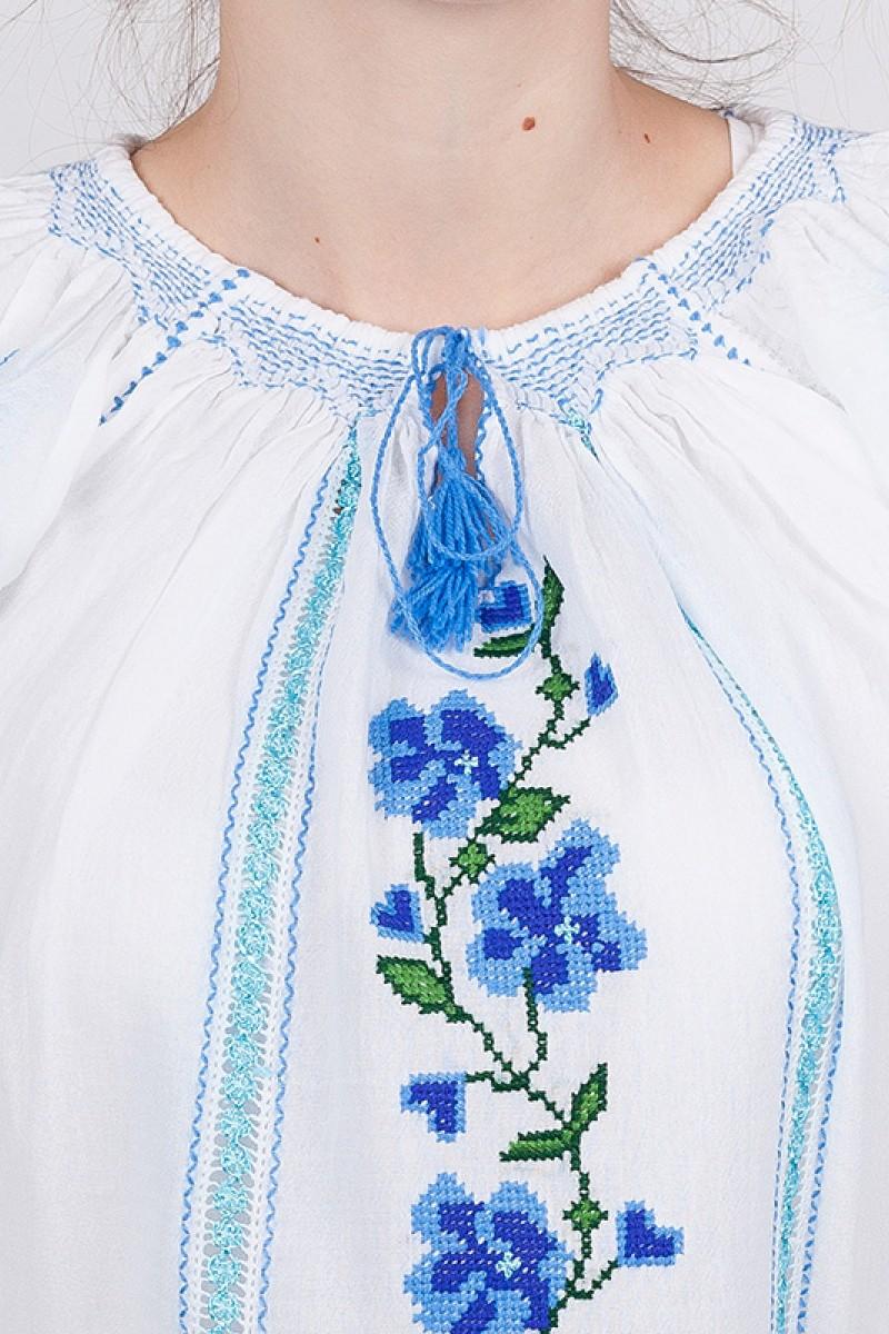 Ie romaneasca Flori de nu ma uita bluza traditionala zona Banat fir albastru si verde