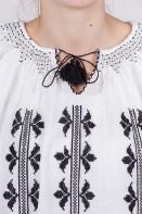 Ie romaneasca maneca lunga Cruciulita fir negru bluza lucrata manual zona Ardeal