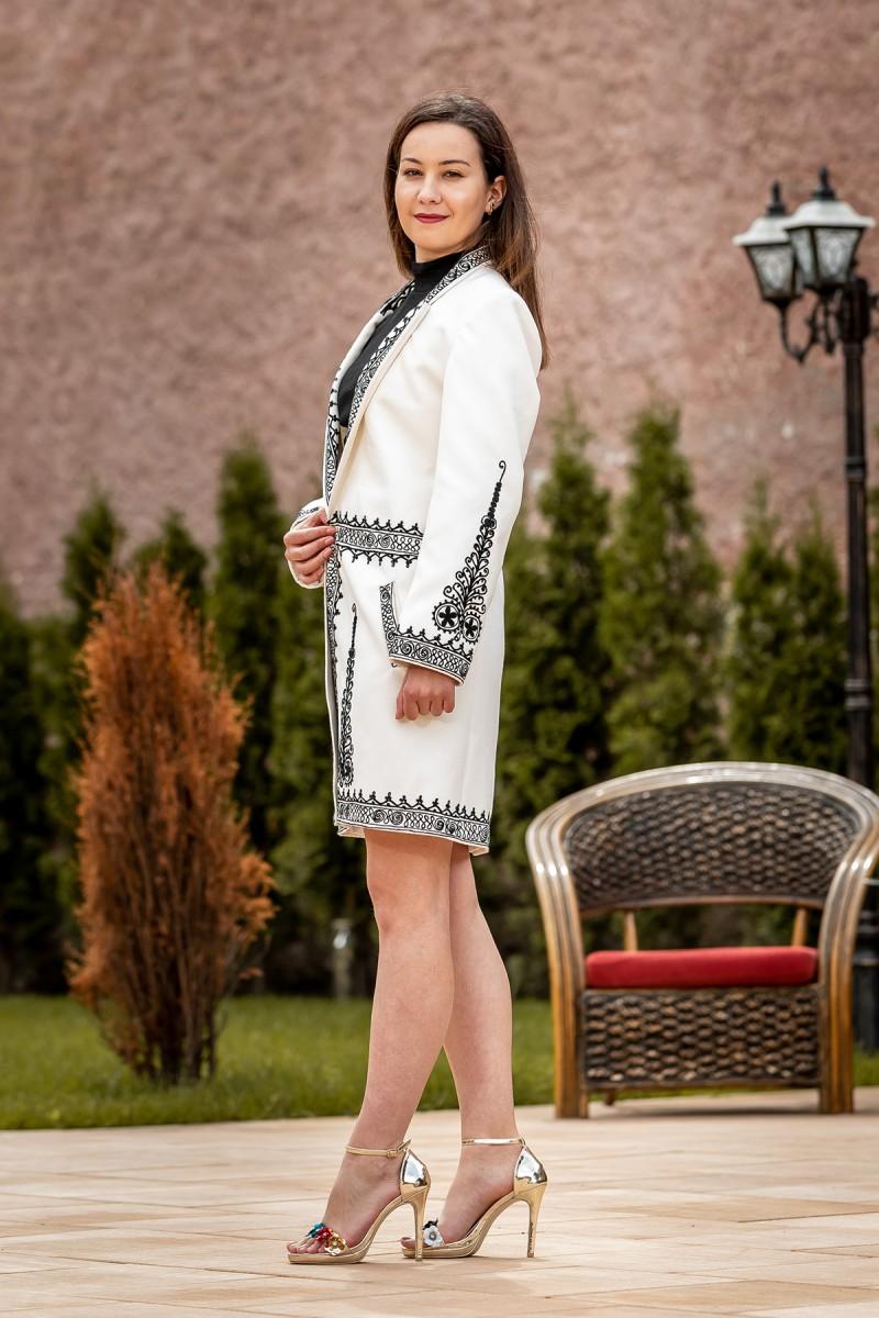 Suman traditional model Roata Infinita