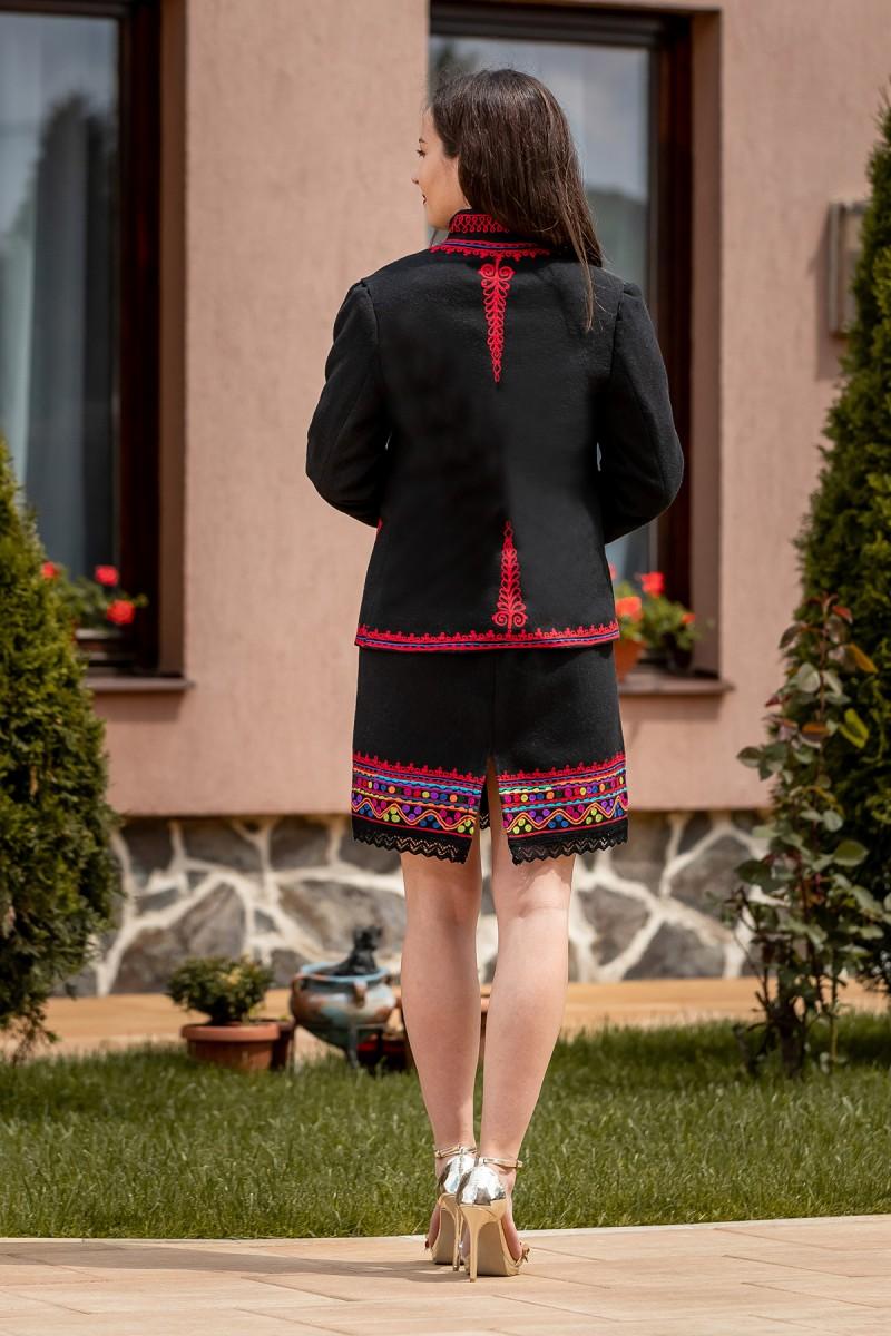 Costum Schileresc autentic Erica
